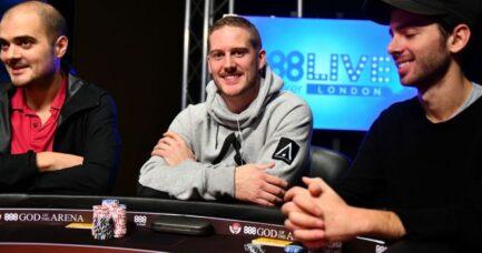 live poker for living